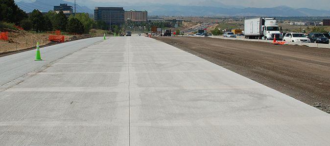 Дорожнє покриття – бетон або асфальт, що краще?