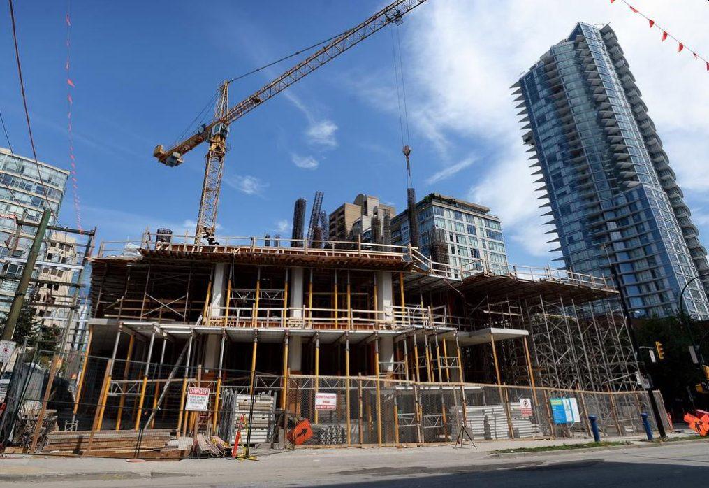 Як саме використовують бетон у будівництві