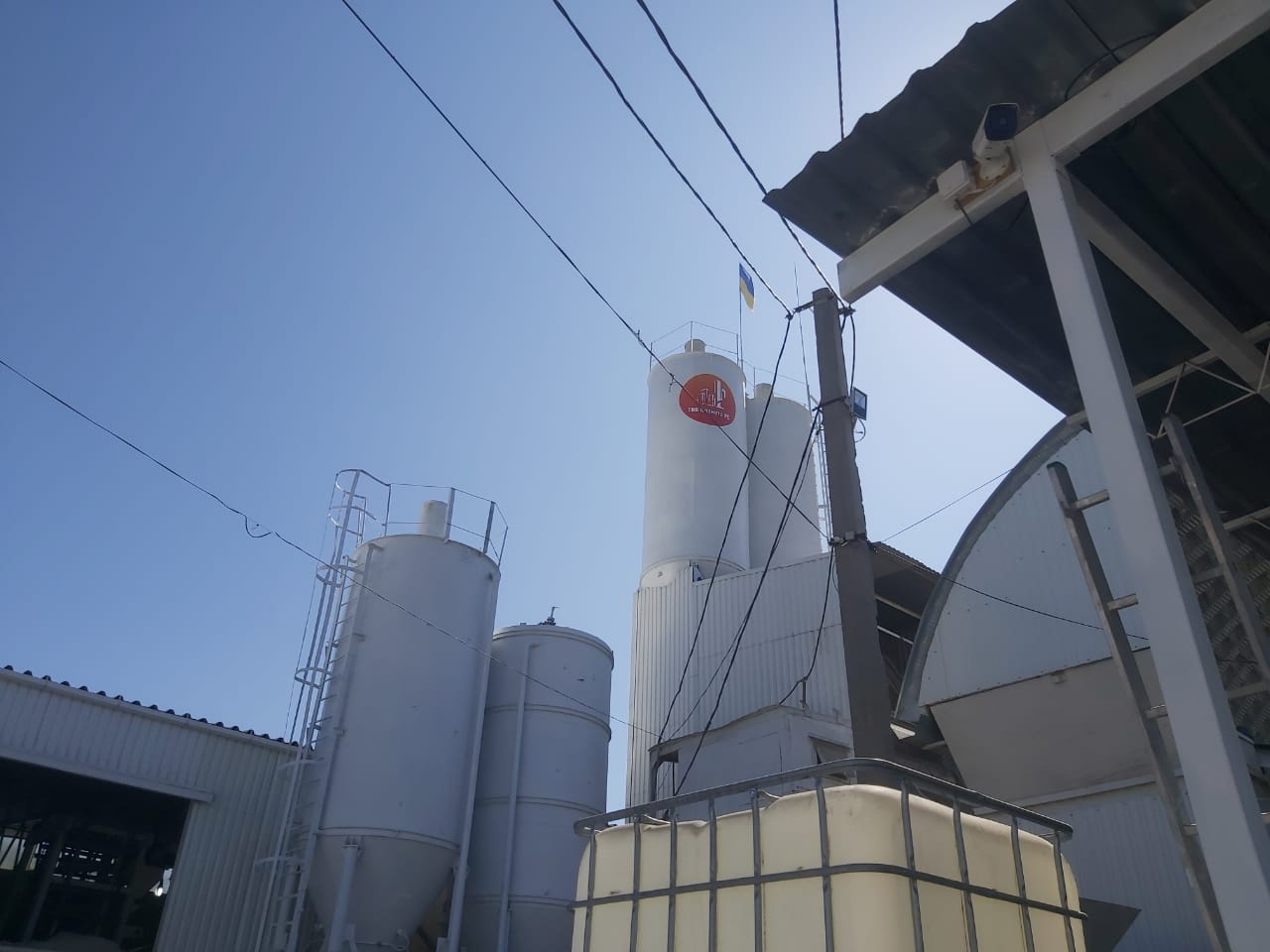Купити бетон Херсон Бетон М200, Бетон М300, Бетон М400