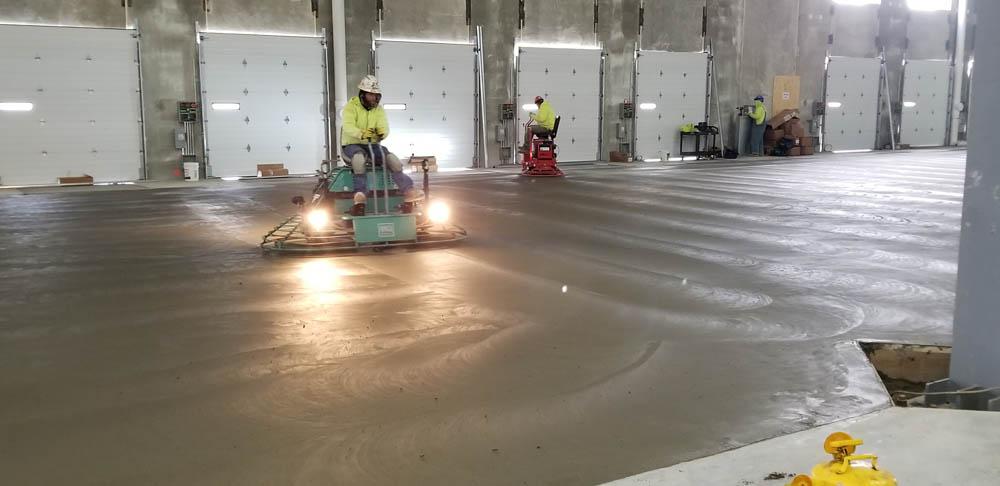 Бетонная стяжка Херсон, бетонные полы, полы для склада Планета РС Херсон