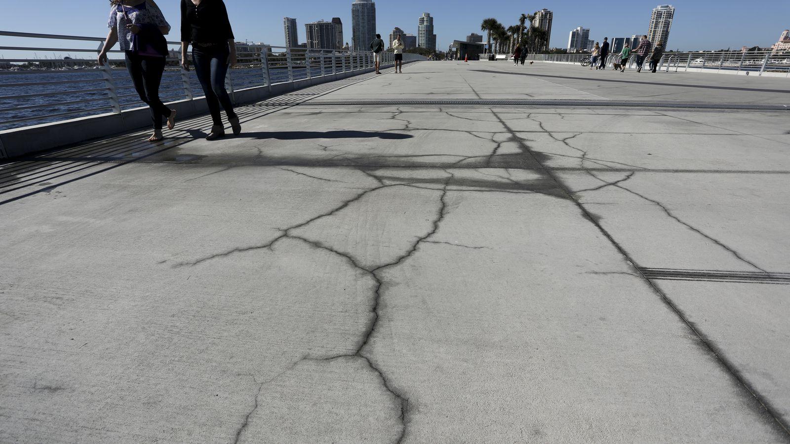 Почему бетон может трескается