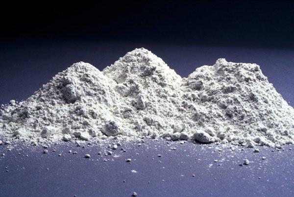 Почему бетон серый