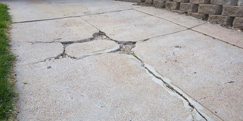 Как сохранить бетонную подъездную дорожку?